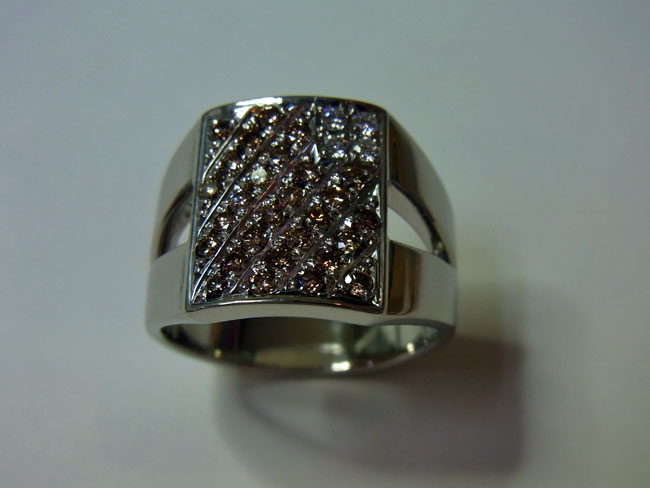 PT900 プラチナ ブラウンダイヤ デザインリング 8