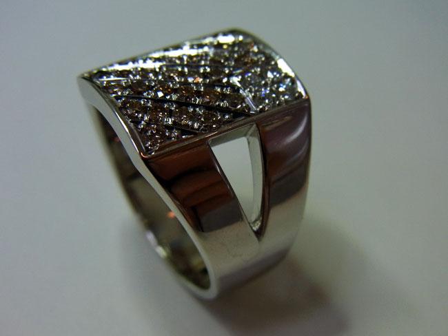 PT900 プラチナ ブラウンダイヤ デザインリング 9